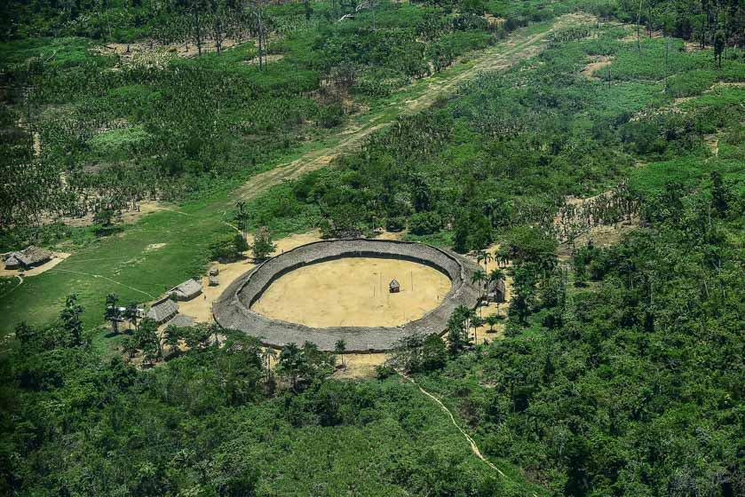 Índios Yanomami impedem a saída de profissionais de saúde em aldeia