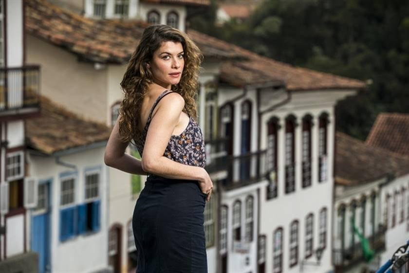 Espelho da Vida - Isabel (Alinne Moraes) - João Miguel Júnior TV Globo