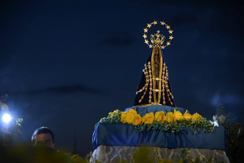 Mensagem De Nossa Senhora Aparecida Que Ela Cuide De: Devoção E Fé. Missa De Nossa Senhora Aparecida Leva 20 Mil