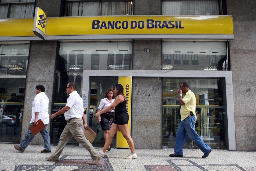 LOJAS18 - RJ - 05/06/2012 - LOJAS/ECONOMIA - ECONOMIA OE JT - Fachada do Banco do Brasil no centro do Rio de Janeiro. Foto: FABIO MOTTA/AGENCIA ESTADO/AE