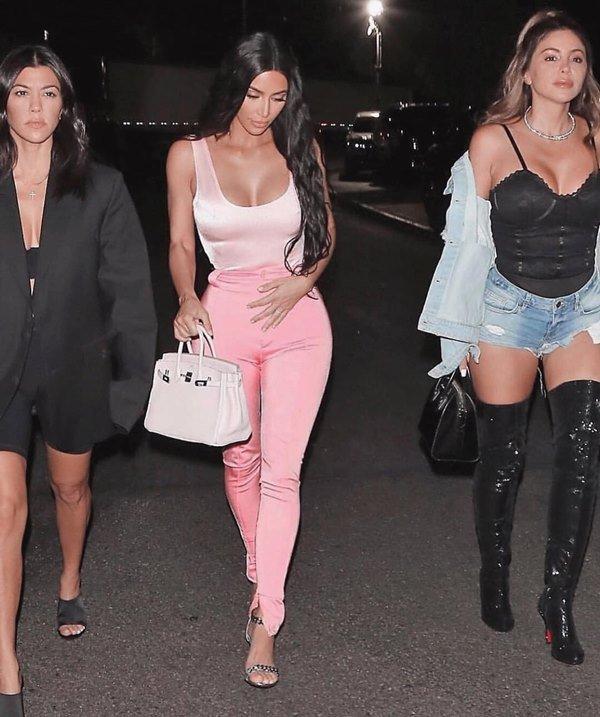 Kim Kardashian faz 38 anos neste domingo (21/10)