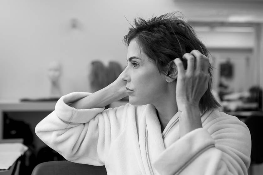 721de4c74 ... diz Deborah Secco sobre novo cabelo. A atriz cortou os próprios fios na  novela Segundo Sol e participou do desfile da Torinno no São Paulo Fashion  Week