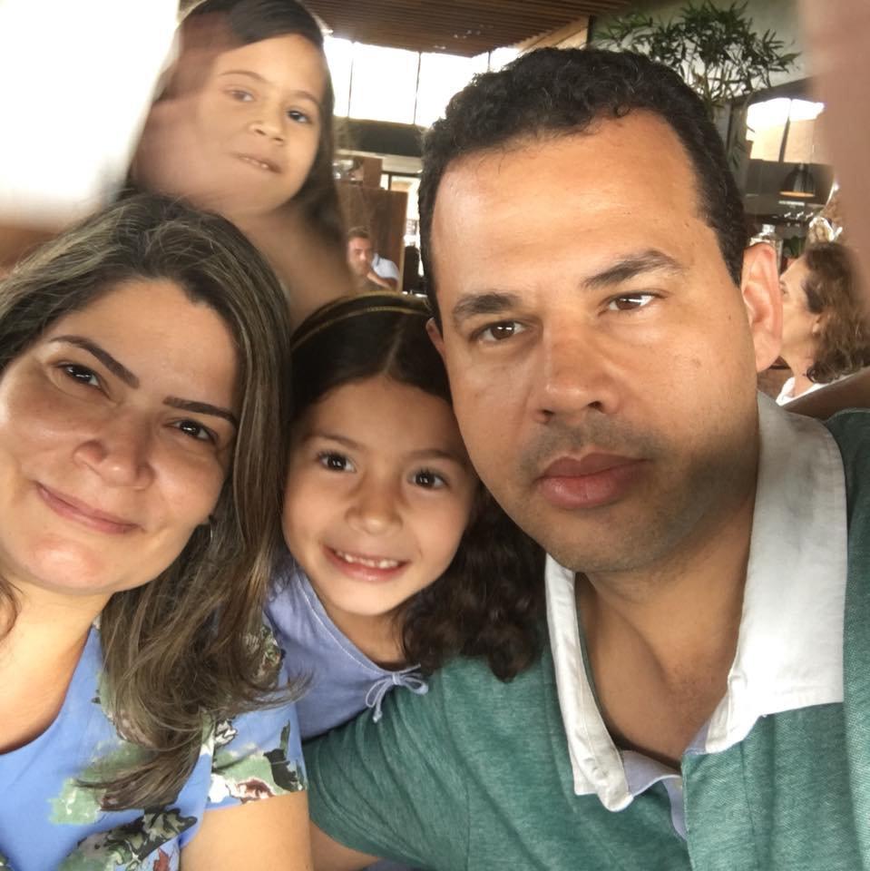 família de radiologista acidente aéreo