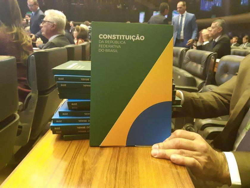 Edição comemorativa da Constituição Federal