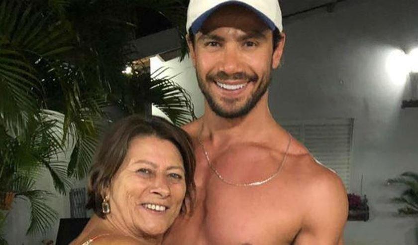 Mariano e mãe