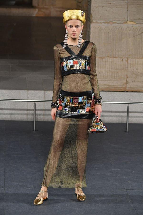 Desfile Chanel Metiers D'Art 2018/19