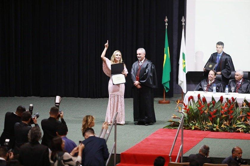 Celina Leão - diplomação