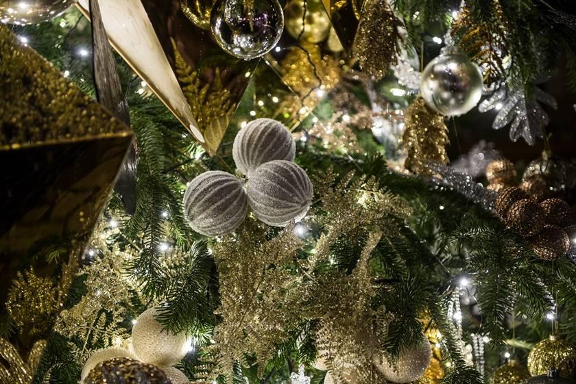 Xmas Decorations_DeRussie_DeGrisogono (3)