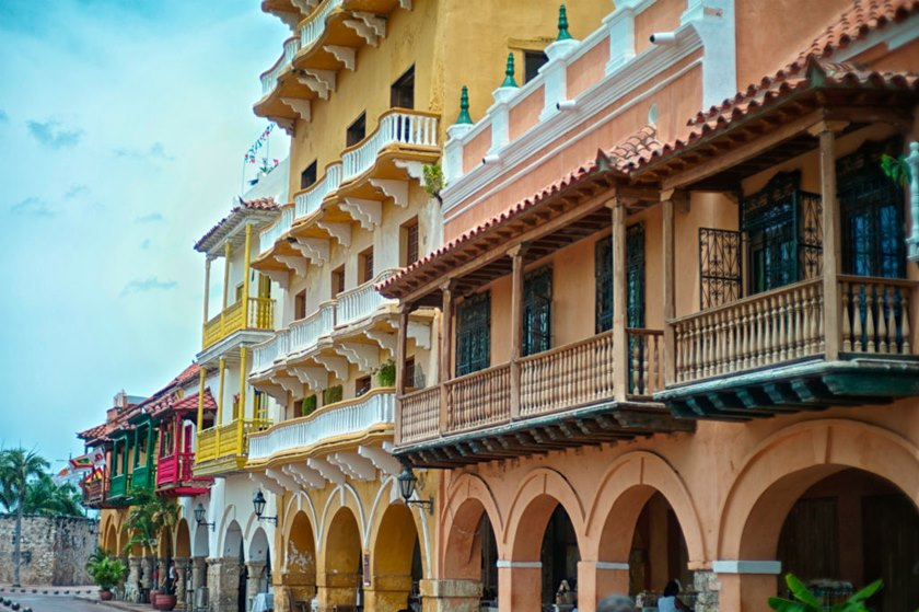 Colonial buildings at Plaza de la Paz.