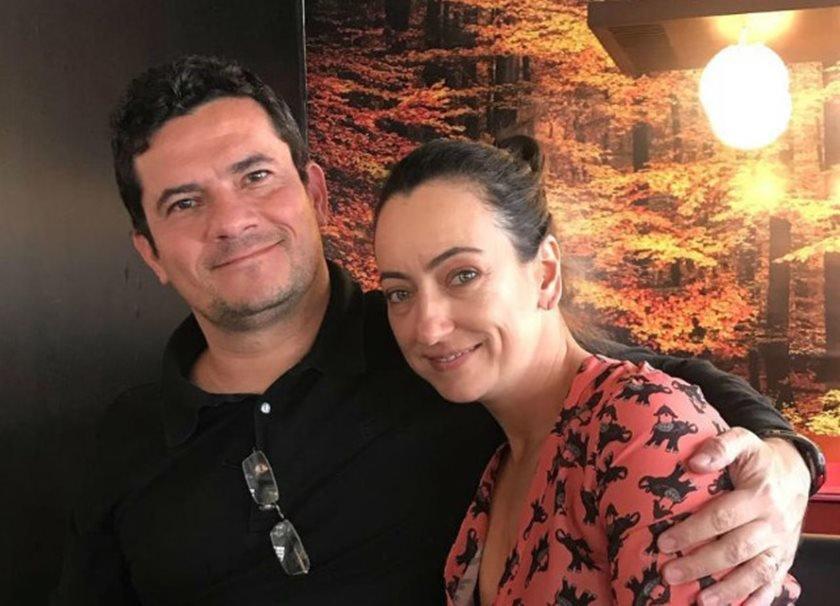 Rosangela aparece com Sergio Moro