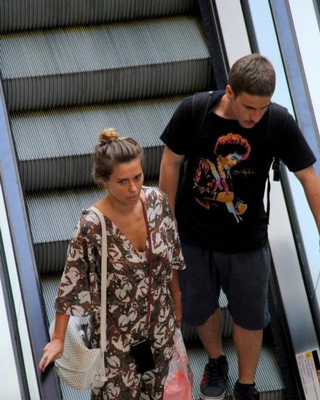 *EXCLUSIVO* Carolina Dieckmann no shopping Village Mall Barra da Tijuca.
