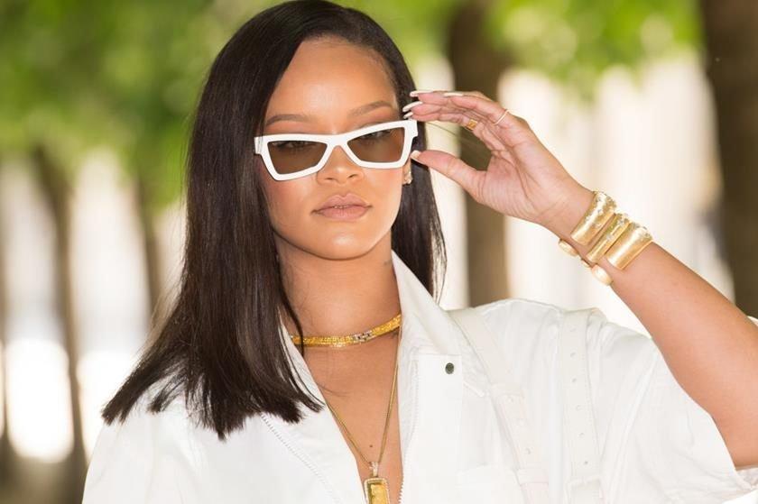 d521f148682 Rihanna negocia com o grupo LVMH a criação da própria marca de luxo