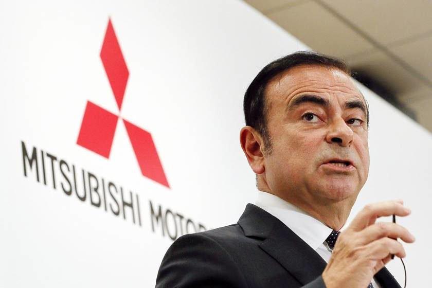 Resultado de imagem para Após pagar fiança de R$ 33 milhões, Carlos Ghosn deixa prisão no Japão