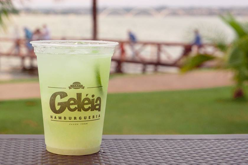 Geleia no Container _ Green Lemonade- coco, abacaxi, limão siciliano, água gaseificada-