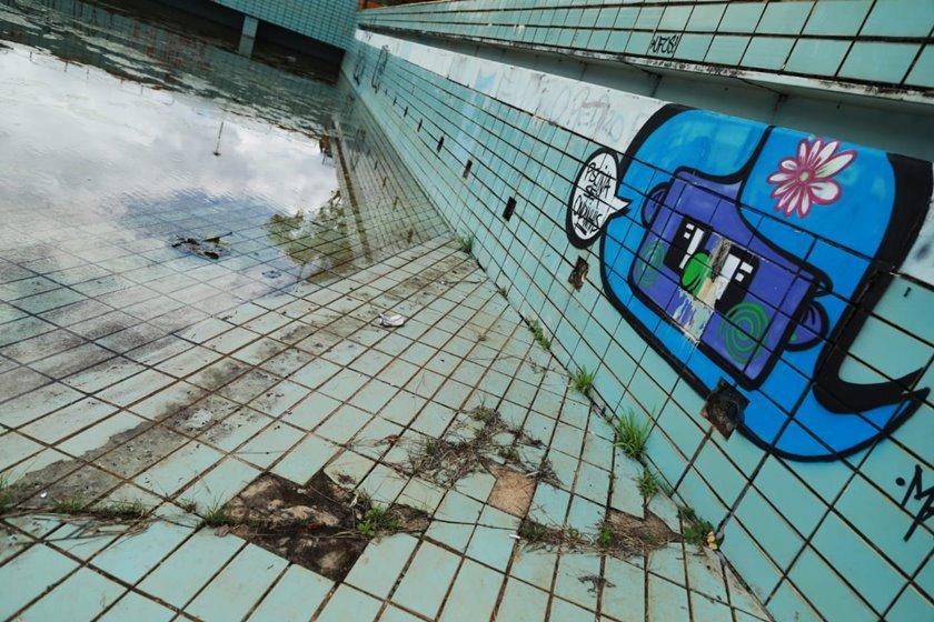 piscina de ondas parque da cidade