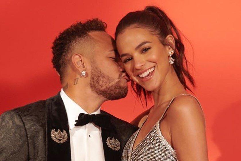 """Neymar nega volta com Bruna Marquezine: """"Vocês gostam de inventar coisas"""""""