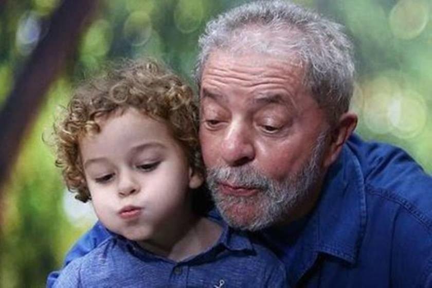 Resultado de imagem para ex-presidente lula e o neto