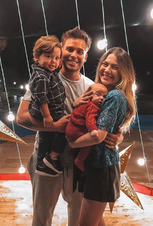 Sarah Poncio, Jonathan Couto e os bebês