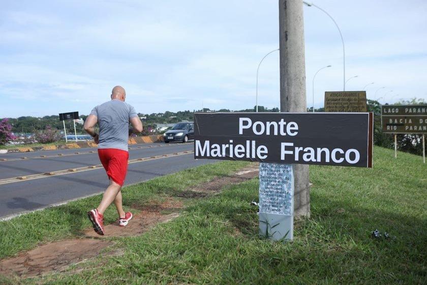 Resultado de imagem para ponte marielle franco