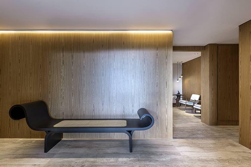 Banco assinado por Oscar Niemeyer - Crédito fotos Edgard César