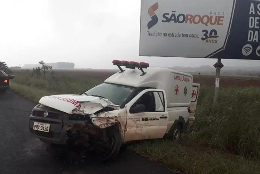 Resultado de imagem para AMBULÃ'NCIA CONDUZIDA POR MOTORISTA ALCOOLIZADO BATE E DEIXA FERIDOS