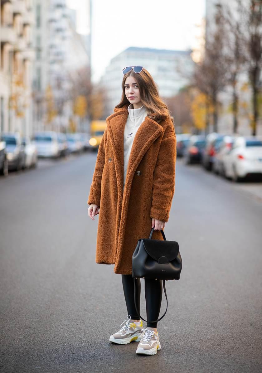 Street Style - Berlin - November 17, 2018
