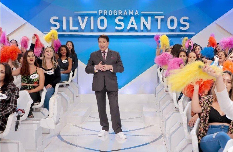 SILVIO SANTOS CABELO NOVO6