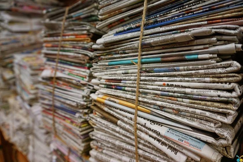 Resultado de imagem para foto de jornais