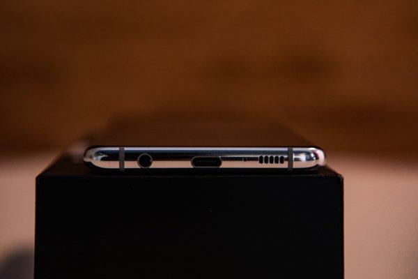 Samsung Galaxy S10+6