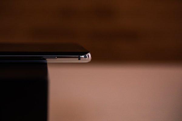 Samsung Galaxy S10+3
