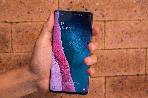 Samsung Galaxy S10+7