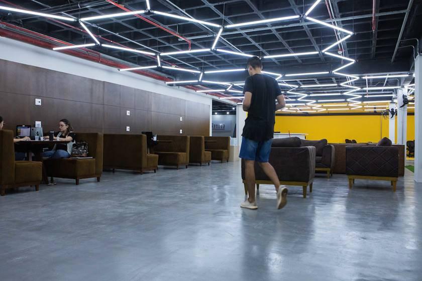 Brasília (DF),10/04/2019  - Evento: Coworking Cowmeia -  Local Coworking Cowmeia (Rua Pitangueiras lote 5 edifício Easy loja 12, Mezanino Asa Sul, Águas Claras   Foto: JP Rodrigues/ Metrópoles