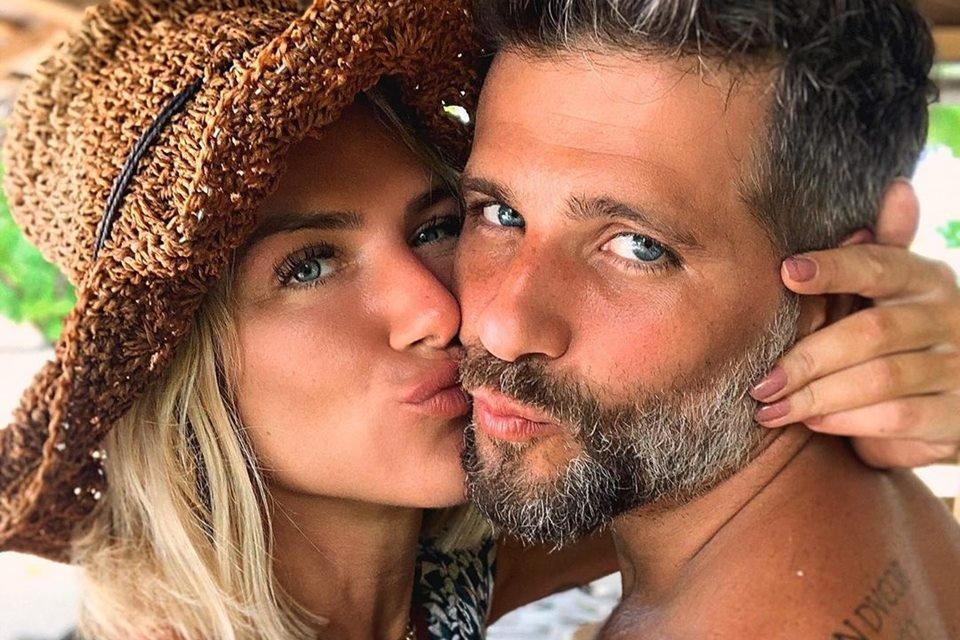 Bruno Gagliasso Giovanna Ewbank se beijando