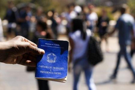 Confira lista que reúne vagas de emprego abertas no Brasil