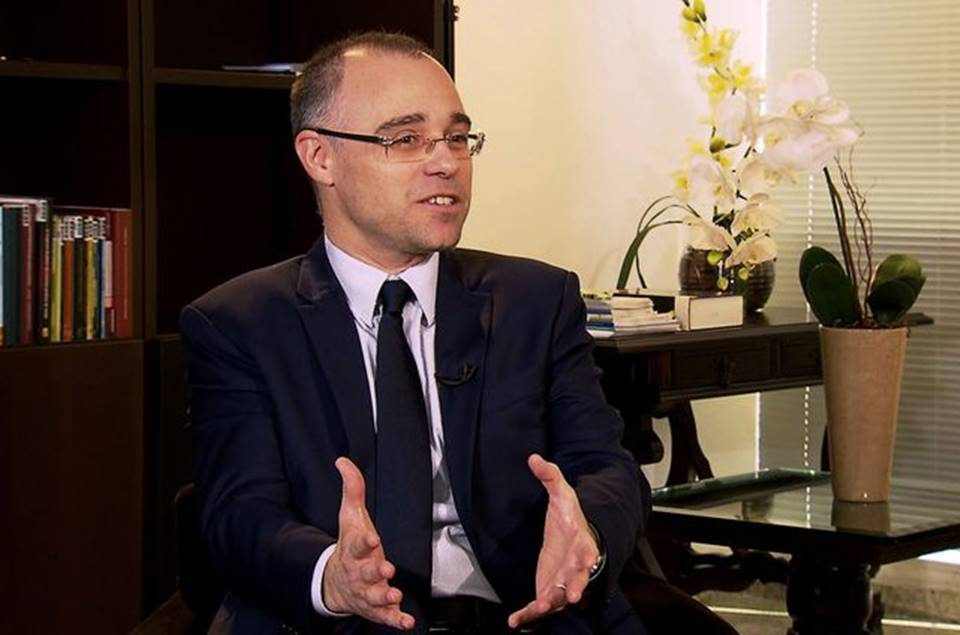 André Mendonça, da AGU, aceita convite e será ministro da Justiça