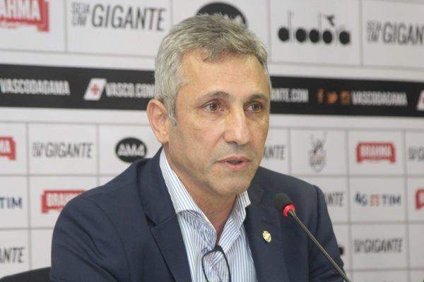 Presidente do Vasco, Alexandre Campello, em entrevista coletiva