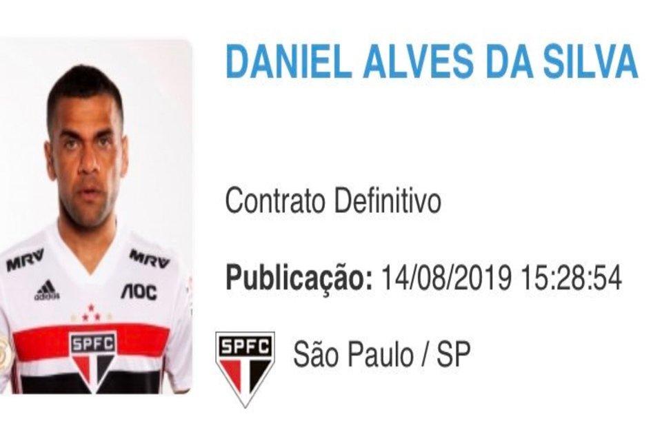 Resultado de imagem para Daniel Alves é regularizado e pode estrear pelo São Paulo