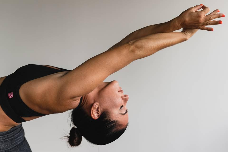 Barriga sequinha, pernas fortes e alma zen: testamos o Yoga-Barre
