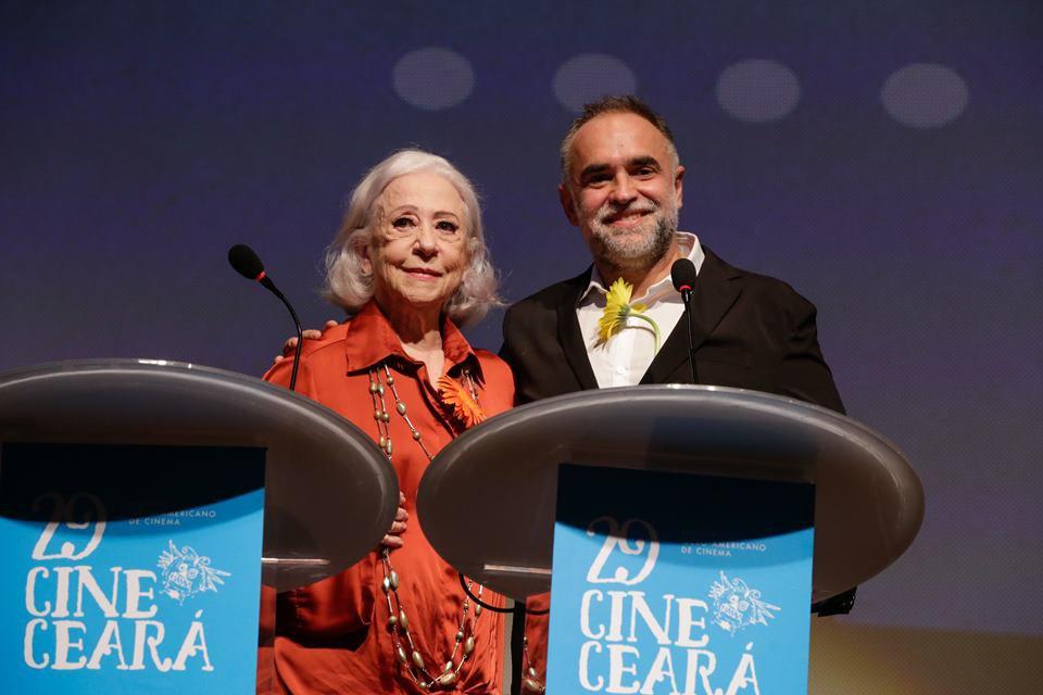 Cine Ceará 2019: Fernanda Montenegro e política dominam abertura