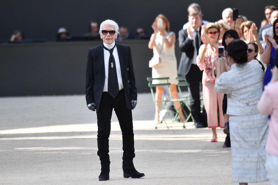 Estilista Karl Lagerfeld
