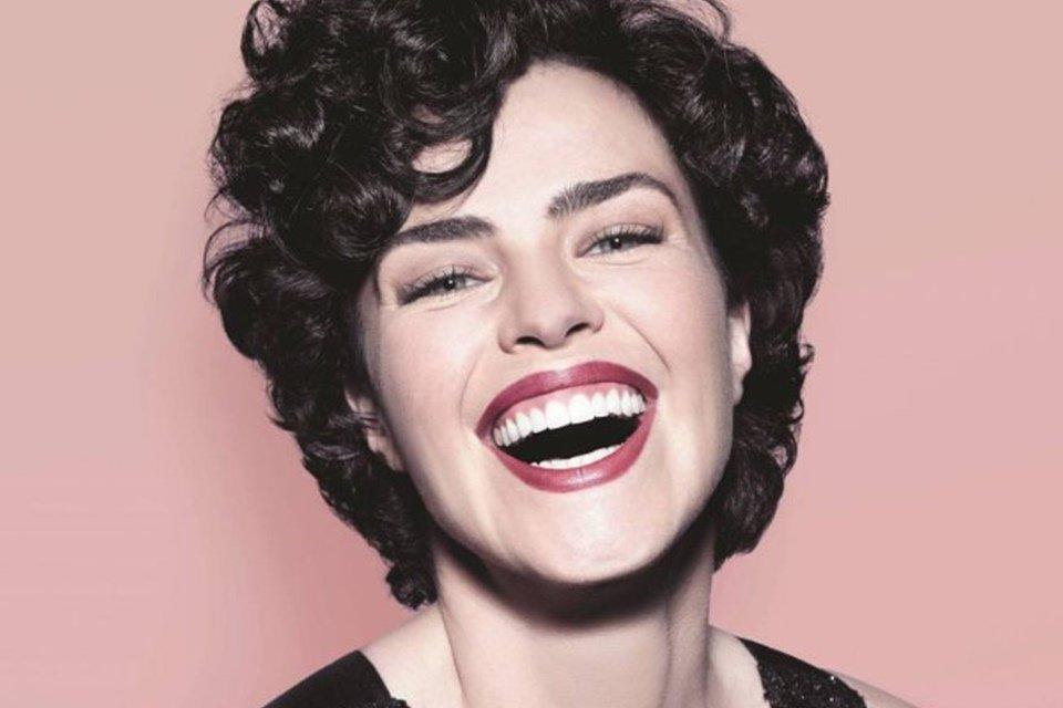 Fora da TV há 9 anos, Ana Paula Arósio surge em #TBT de