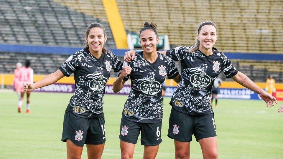 Time Feminino Do Corinthians Estreia Com Vitória Na Libertadores