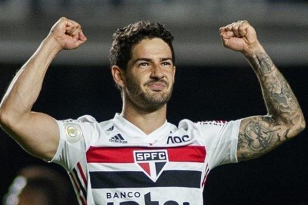 Alexandre Pato comemora gol pelo São Paulo