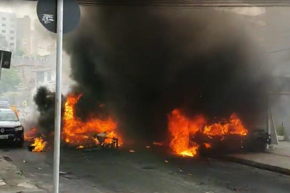 Resultado de imagem para Vídeo mostra decolagem e queda de avião em BH; assista