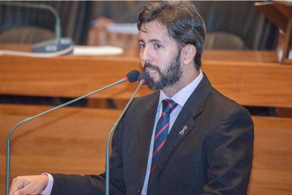 Deputado distrital Leandro Grass (Rede)