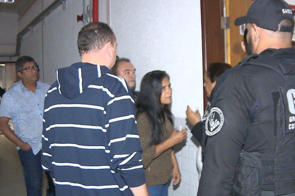 Resultado de imagem para MP prende 11 vereadores suspeitos de desviar dinheiro para viagem