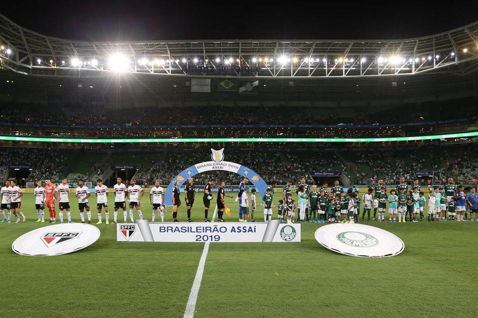 Palmeiras Chega A Acordo Para Ter Grama Sintética Na Arena