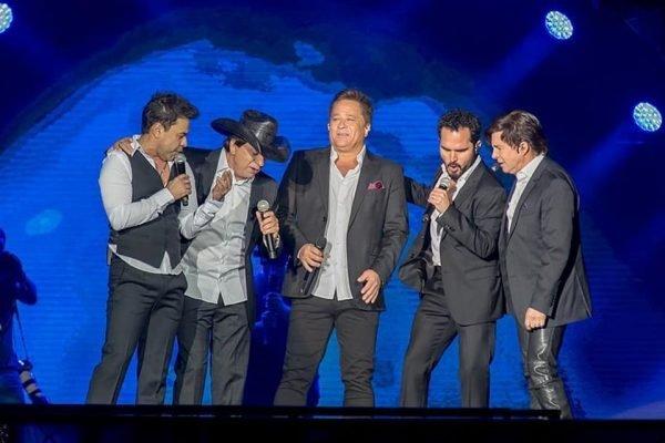 Zezé di Camargo & Luciano, Chitãozinho & Xororó e Leonardo em turnê com projeto Amigos