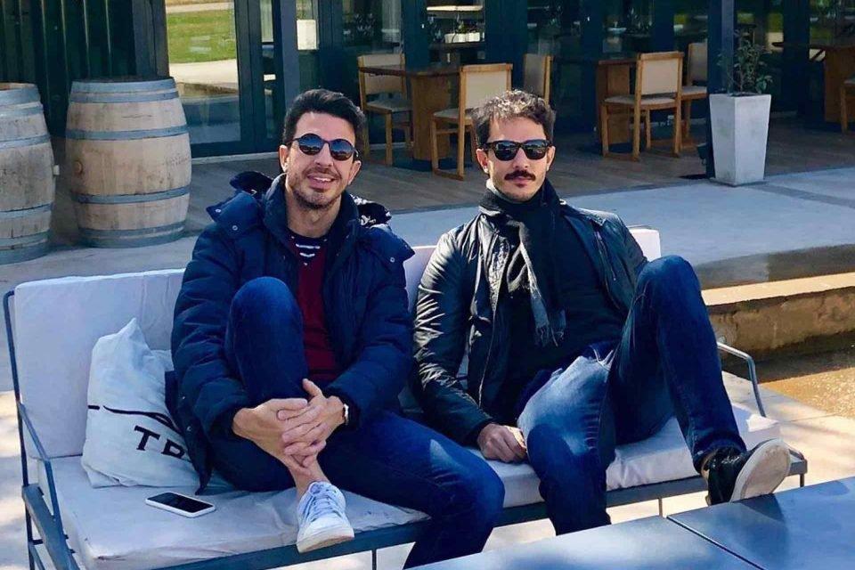 Os amigos visitaram vinícolas, passearam pelas ruas da capital argentina e assistiram a uma apresentação de tango. Confira em fotos e vídeos