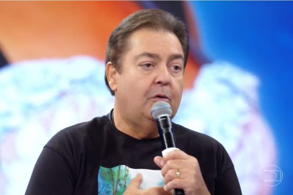 O apresentador Fausto Silva, no Domingão do Faustão